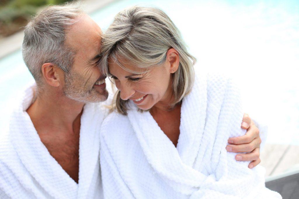 Ein Besuch in der Sauna ist nicht nur wohltuend, sondern stärkt bei richtiger Vorgehensweise auch unser Immunsystem. Bildquelle: shutterstock.com