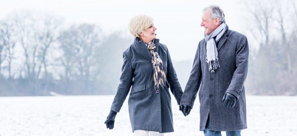 Nach einem tollen Spaziergang im Schnee anschließend ein ausgiebiges Verwöhnprogramm genießen. Bildquelle: shutterstock.com