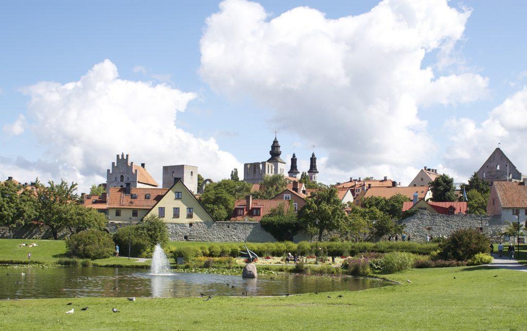Die Hauptstadt Visby ist ein besonderer Besichtigungsmagnet, da sie als Weltkulturerbe gilt. Bildquelle: Pixabay.de