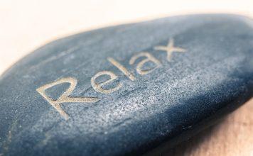 Entspannen und relaxen kann man ganz wunderbar in der Sauna. Und gleichzeitig tut man auch noch etwas Gutes für seine Gesundheit. Bildquelle: Pixabay.de