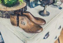 Füße verändern sich im Laufe eines Lebens, daher ist beim Schuhkauf das ein oder andere zu beachten. Bildquelle: © Jez Timms / Unsplash.com