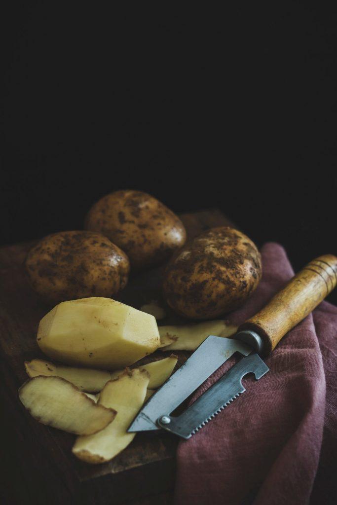Der Kartoffelsalat erfreut sich in er unterschiedlichsten Form einer sehr großen Beliebtheit. Bildquelle: © Eiliv Sonas Aceron / Unsplash.com