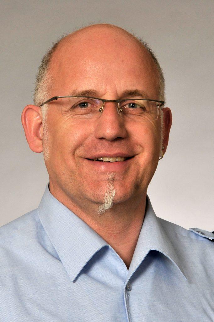 Joachim Tabath ist Polizist und setzt sich mit Leidenschaft und Engagement für die Belange der Generation 59plus ein. Bildquelle: Polizei Düsseldorf