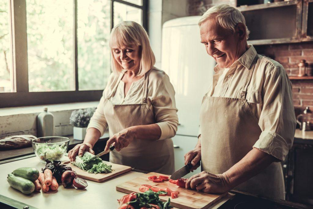 Trotz ausgewogener Ernährung können Nahrungsergänzungsmittel unser Wohlbefinden positiv beeinflussen. Bildquelle: © Shutterstock.com