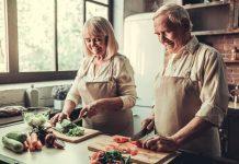 Eine ausgewogene Ernährung wirkt sich durchaus positiv auf eventuelle Prostataprobleme aus. Bildquelle: shutterstock.com