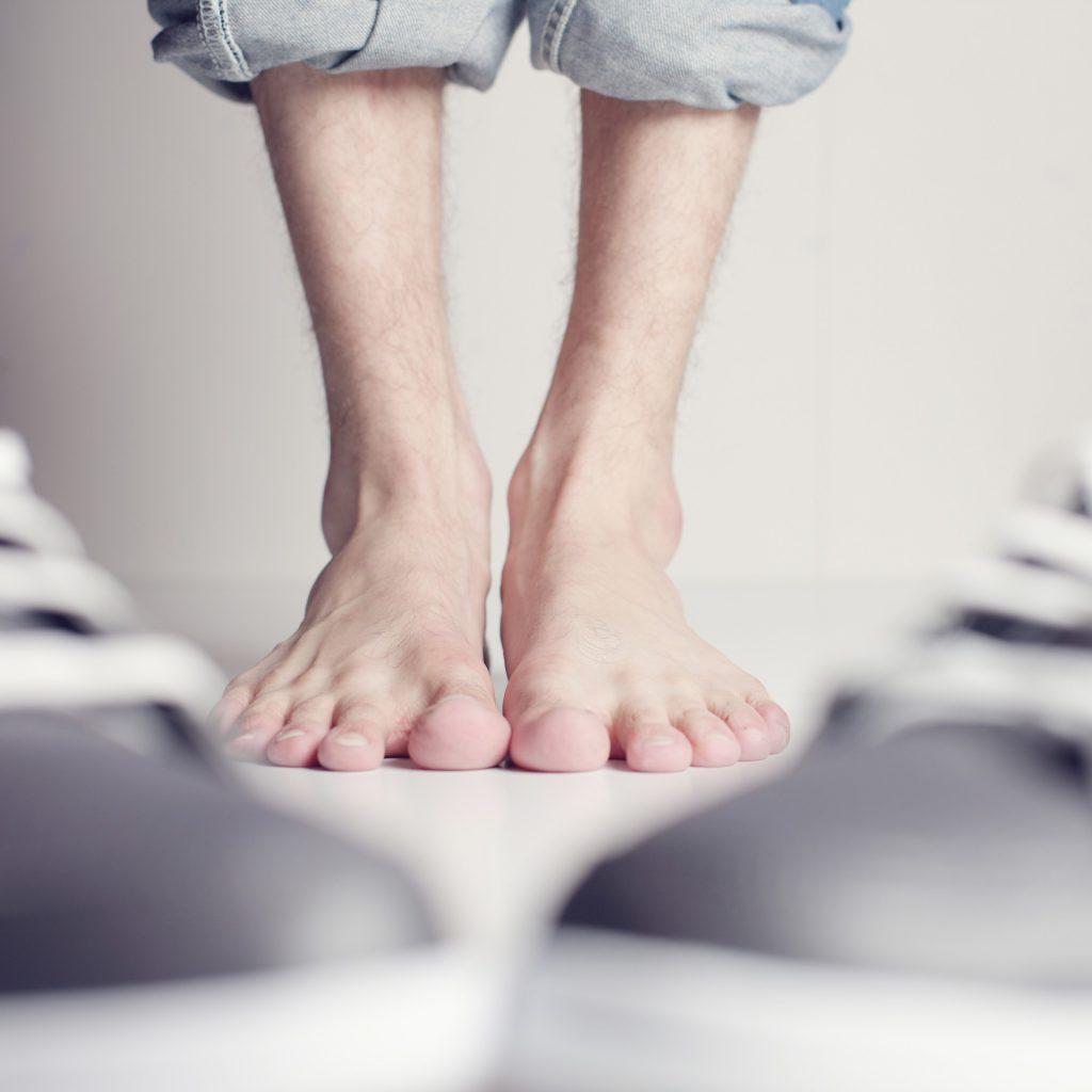 Männer leiden deutlich seltener als Frauen an der Instabilität des Mittelfussknochens. Bildquelle: Pixabay.de