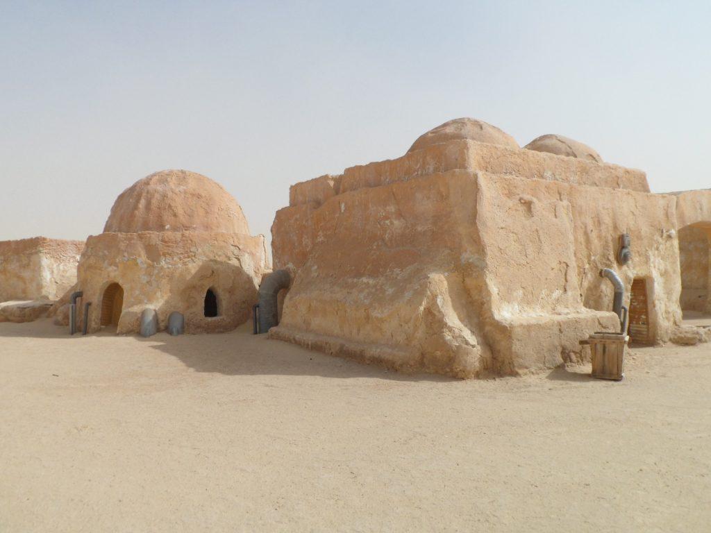 Mos Espa ist unter anderem bekannt als Drehort für die Star Wars Filme. Bildquelle: Pixabay.com
