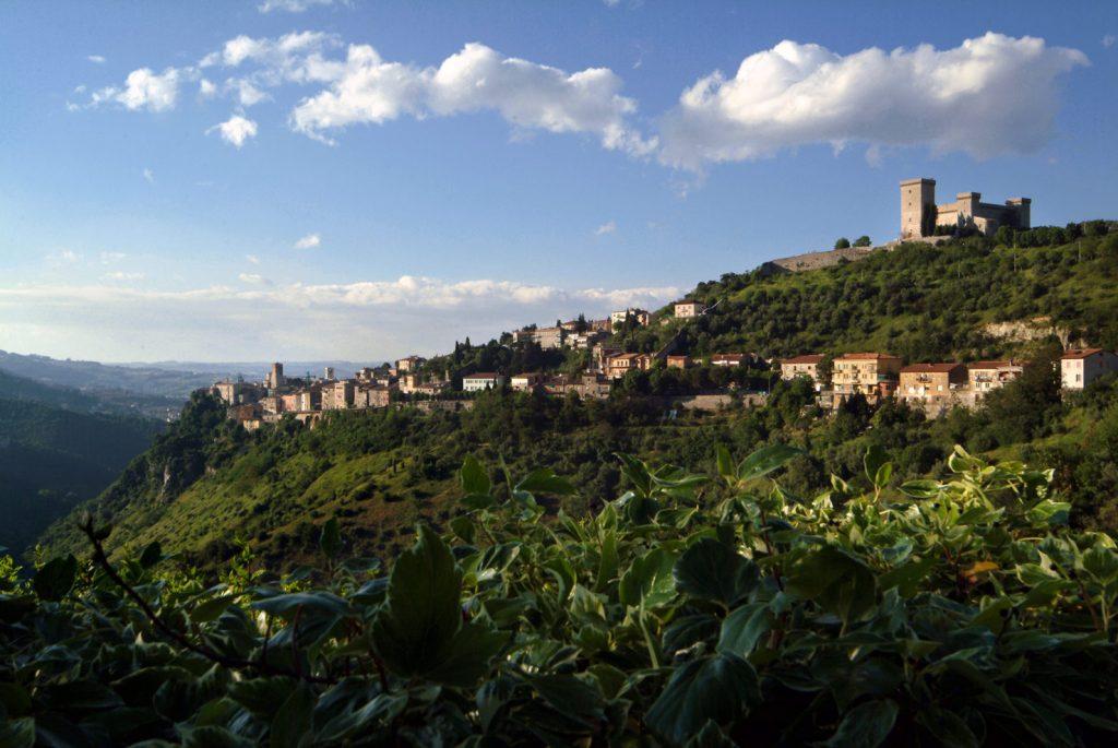 Die Strickerinnen für das Label Filomontini kommen alle aus der Umgebung des Dorfes Montini in Umbrien. Bildquelle: © Filomontini