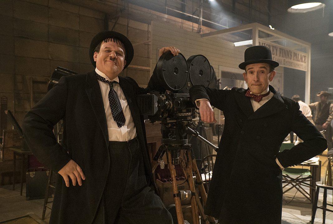 Zwei Komikerlegenden: Oliver Hardy (li., John C Reilly) und Stan Laurel (Steve Coogan). Quelle: © SquareOne
