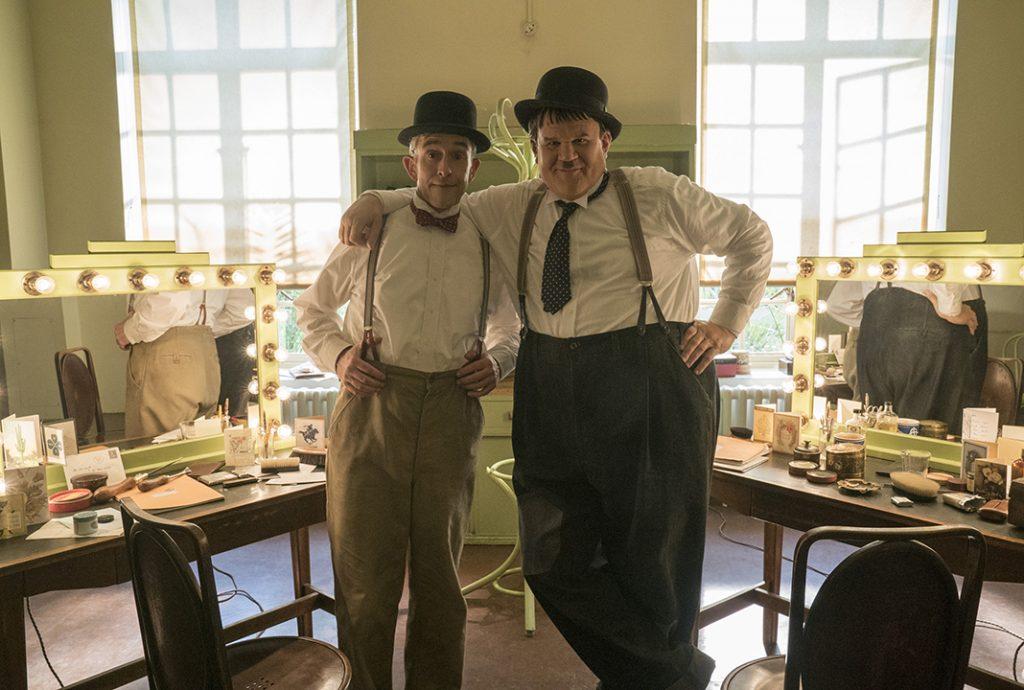 Stan & Ollie haben Generationen zum Lachen gebracht: Steve Coogan (li.) als STAN LAUREL und John C Reilly als OLIVER HARDY. Quelle: © SquareOne