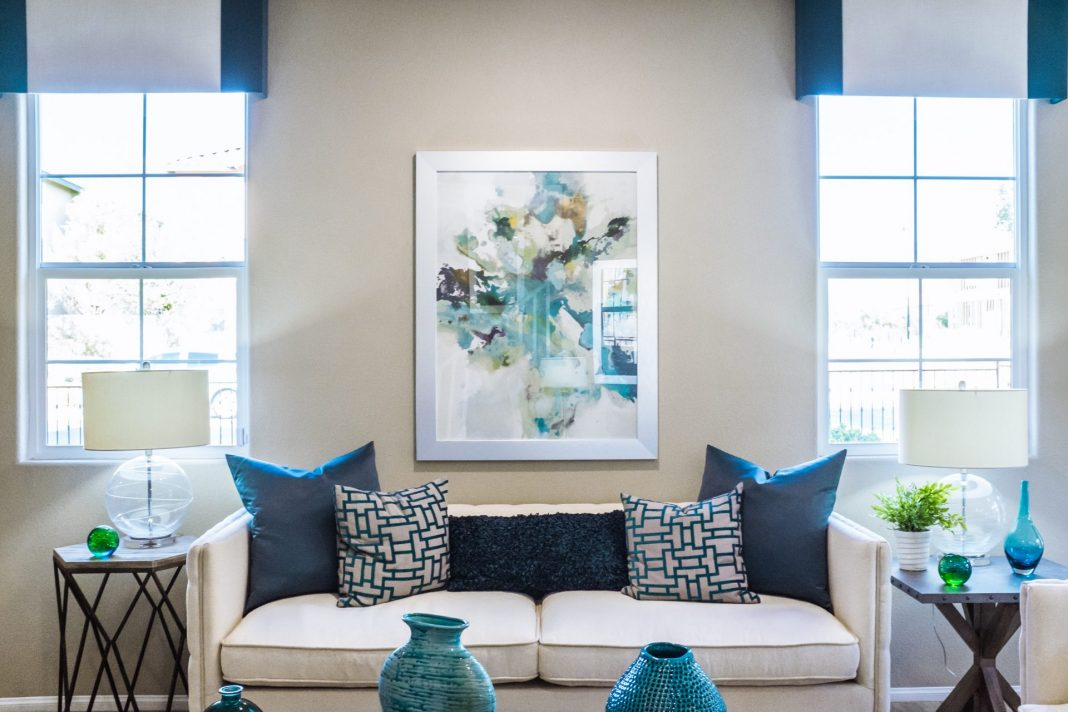 Warum die Wohnung nicht einfach mal neu gestalten? Bildquelle: © Neonbrand / Unsplash.com
