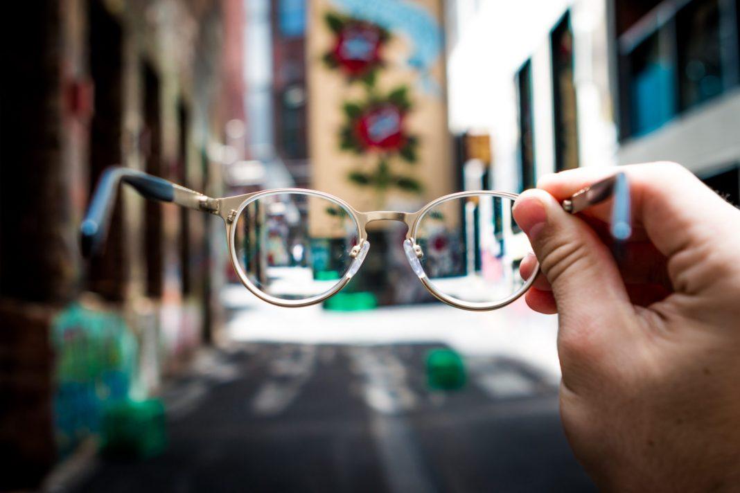 Mit der passenden und richtigen Sehhilfe erleichtern Sie sich den Alltag ungemein. Bildquelle: © Josh Calabrese / Unsplash.com