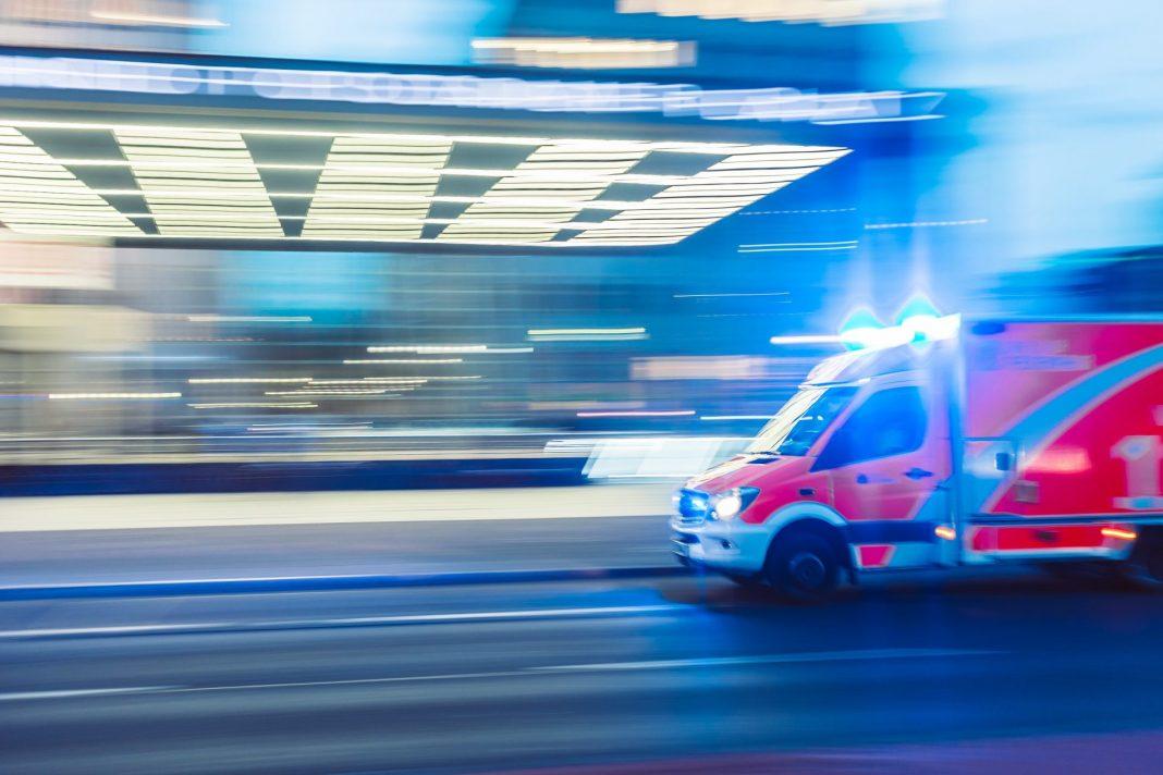 Wie verhalte ich mich in einem Notfall richtig und wen rufe ich an? Bildquelle: © Camilo Jimenez / Unsplash.com