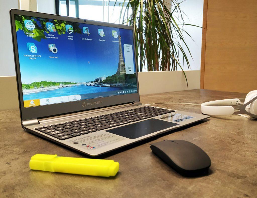 Eine übersichtliche und leicht verständliche Tastatur nimmt uns die Angst vor dem Einstieg in die digitale Welt. Bildquelle: © Ordissimo