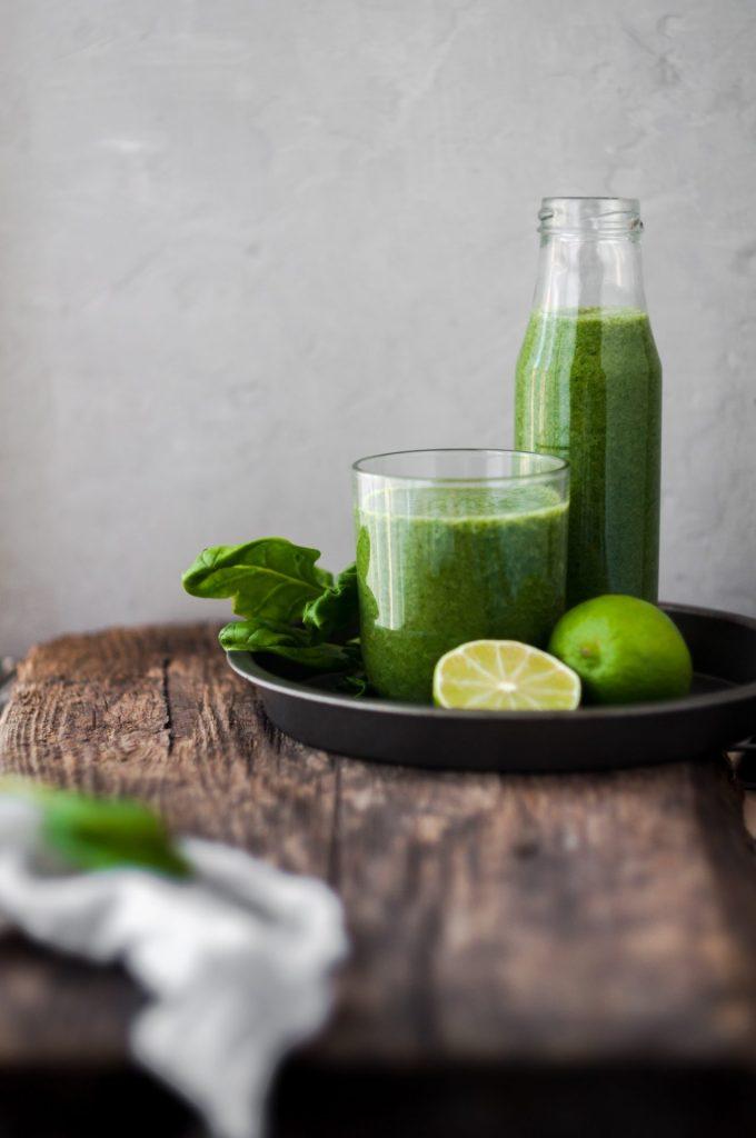 In Smoothies wird sehr oft Kurkuma für den besonderen Geschmack verwendet. Bildquelle: © Alina Karpenko / Unsplash.com