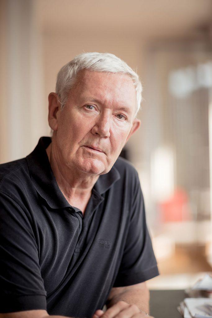 Sven Kuntze blickt in seinem aktuellen Buch ehrlich und kritisch auf das Alter. Bildquelle: © Benjamin Zibner