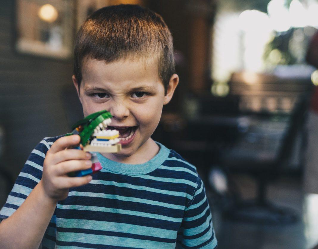 Melanodontie ist ein Problem, dass mit der richtigen Zahnpflege wunderbar in den Griff zu bekommen ist. Bildquelle: © Eddie Kopp / Unsplash.com