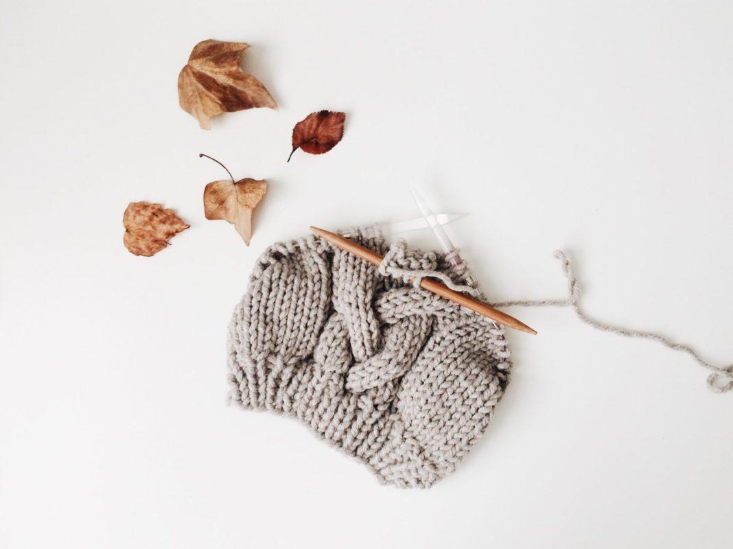Stricken ist und war schon immer eine der beliebtesten Formen der Handarbeit. Bildquelle: © Rocknwool / Unsplash.com