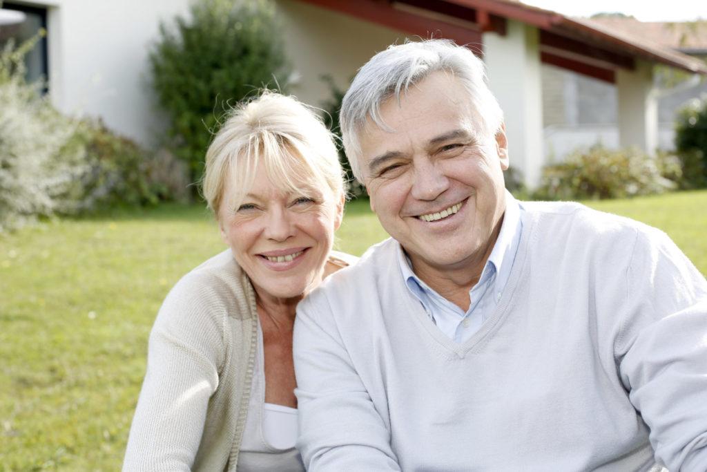 Den wohlverdienten Ruhestand im eigenen Heim genießen. Bildquelle: © Shutterstock.com