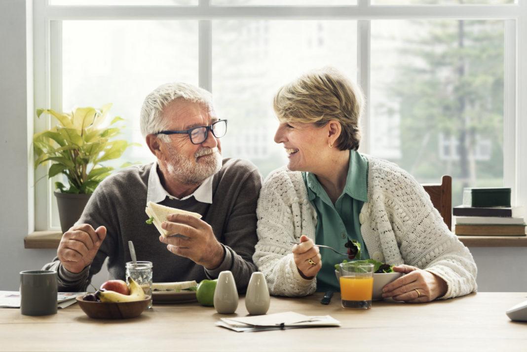 Den Ruhestand entspannt und ohne finanzielle Sorgen genießen. Bildquelle: © Shutterstock.com