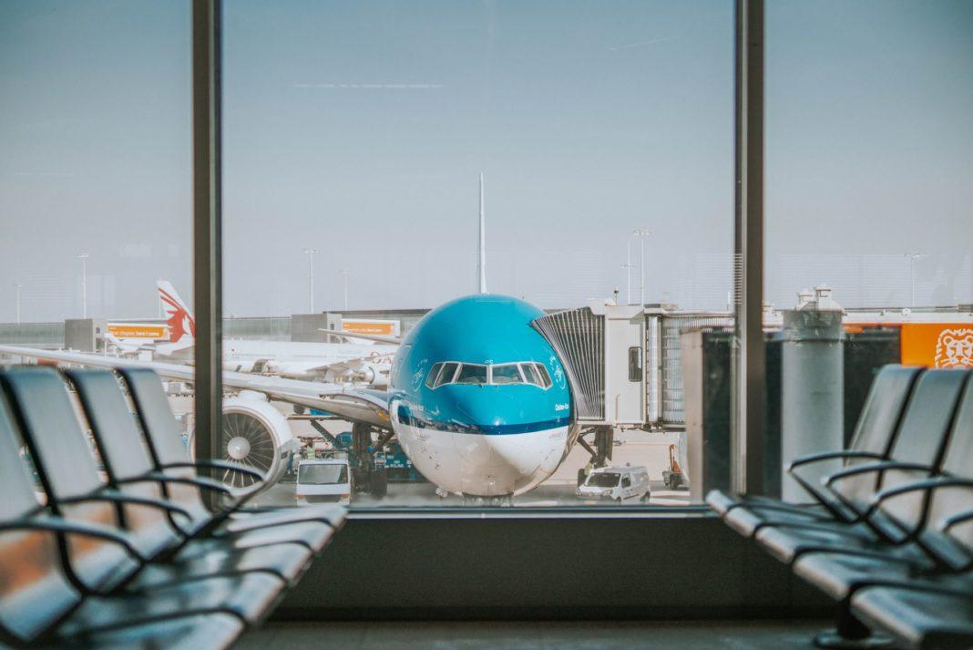 Eine entspannte Flugreise beginnt schon mit einer entspannten Anreise am Flughafen. Bildquelle: © Oskar Kadaksoo / Unsplash.com