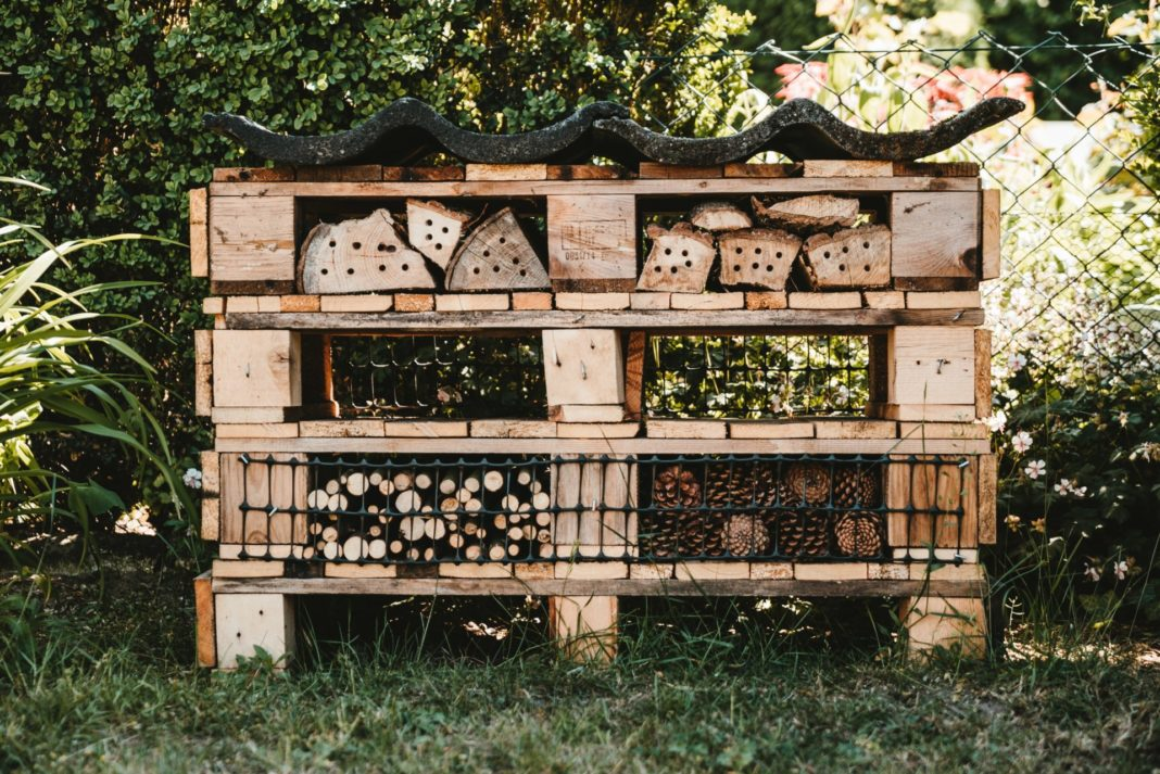 Upcycling bedeutet nichts anderes als aus bereits gebrauchten Materialien etwas Neues entstehen zu lassen. Bildquelle: © Mika Baumeister / Unsplash.com