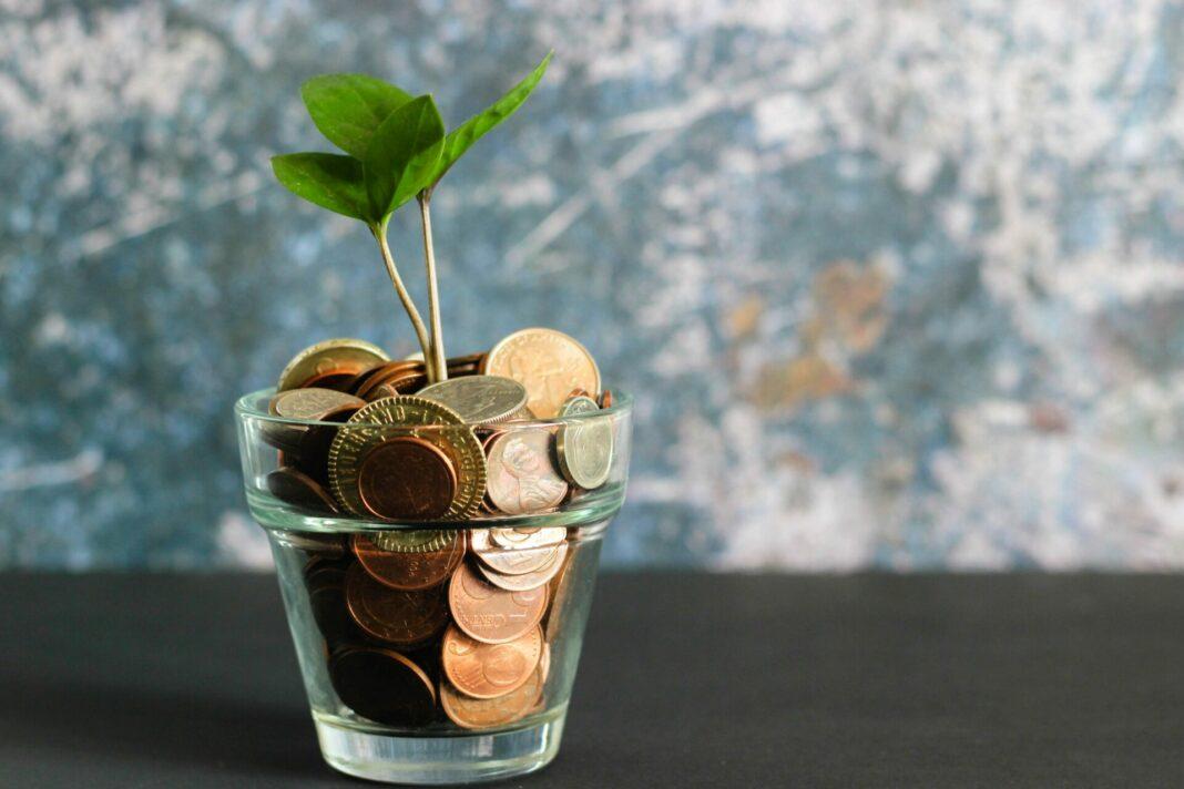 Wir alle sind auf der Suche nach einer sinnvollen Geldanlage. Sogenannte Kryptowährungen stehen aktuell hoch im Kurs. Bildquelle: © Micheile Henderson / Unsplash.com