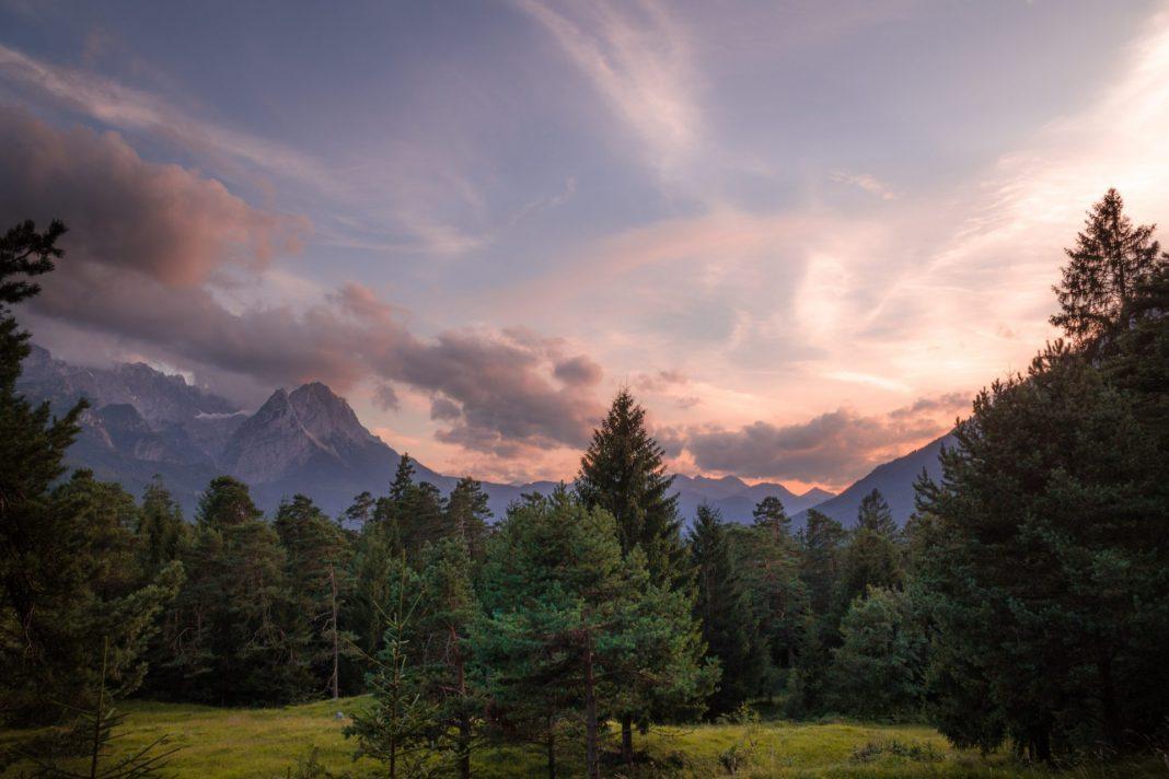 Es muss nicht immer eine Fernreise sein, auch der Urlaub im eigenen Land kann viele beeindruckende Momente bereit halten. Bildquelle: © Karsten Wurth / Unsplash.com