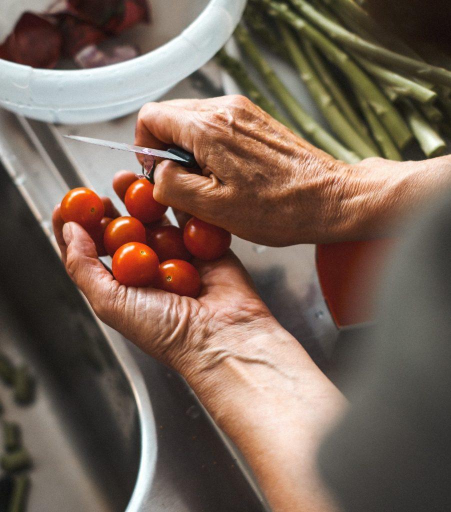 Mit Hilfe eines Saisonkalenders weiß ich immer welches Gemüse gerade Erntezeit hat. Bildquelle: © Piero Istrice / Unsplash.com