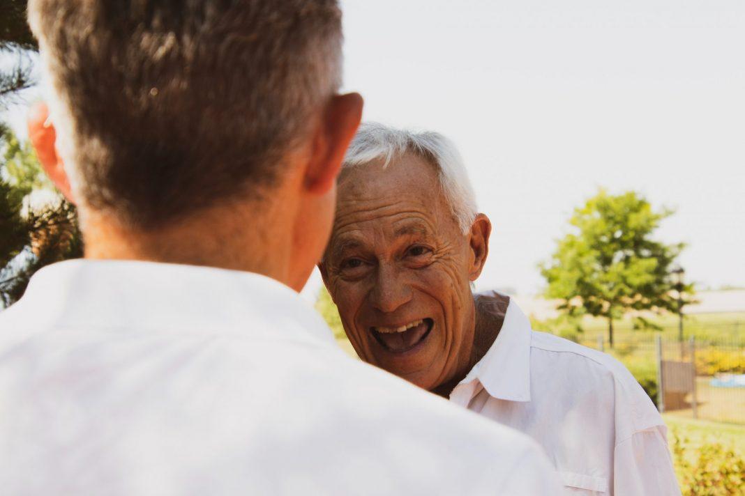 Aktiv im Alter - das ist heute nicht mehr nur ein Werbeslogan sondern gelebte Realität. Bildquelle: © Logan Weaver / Unsplash.com